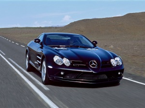 Mercedes-Benz-SLR-McLaren-2
